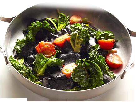 イカと野菜の墨煮