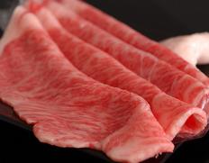 送料無料は今月末まで!古里精肉店 30日以上熟成・飛騨牛5等級すき焼き肉 /ランプブロックもご用意